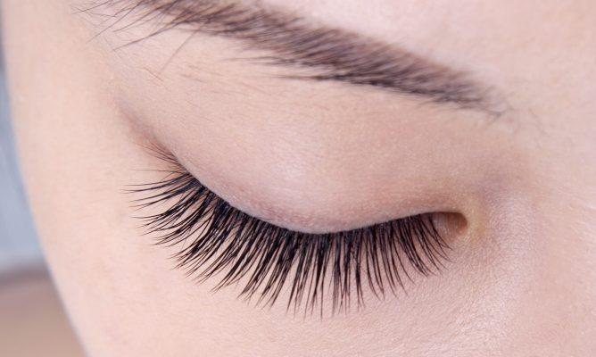 ögonfransserumet